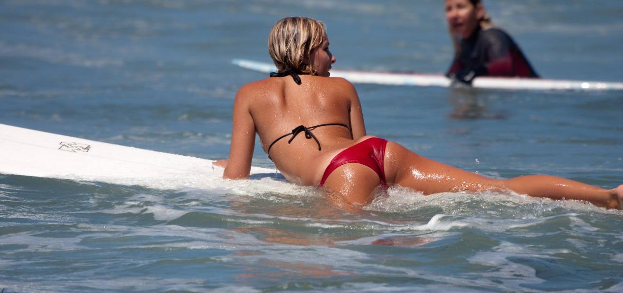 Amateur Bikini Tan Linien
