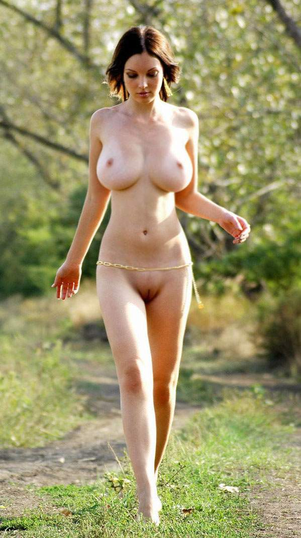 Busty Nude Outdoor Pussy